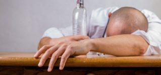「酔っ払い」に関する10のことわざ・格言