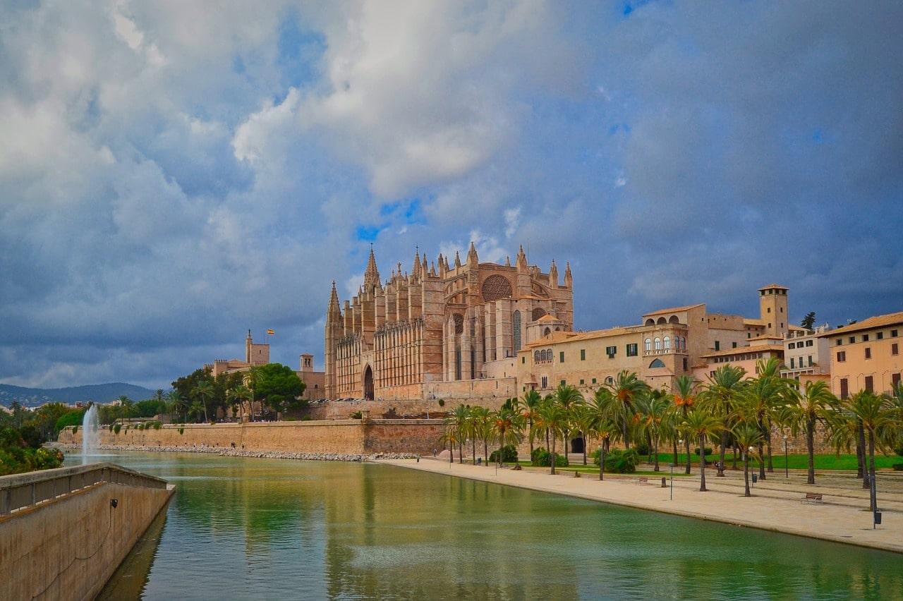 マヨルカ島の観光スポット | スペイン語を学ぶなら、スペイン語教室 ...