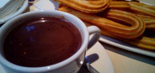 Chocolate con churros, muy típico en España