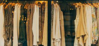 「たくさん服を持っている」はスペイン語で?