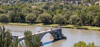 ¿Cómo podemos cruzar el río?