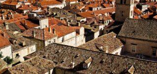 Tejas en los tejados