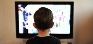 Ver o mirar la televisión