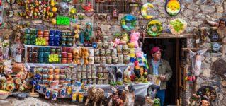 Una tienda de cerámica